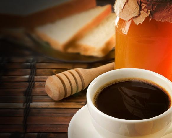 Preparar un café con miel